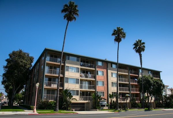 Ocean Gate Towers - 1200 S Catalina Redondo Beach